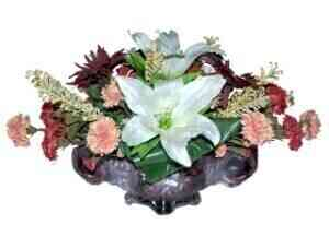 ARRANGEMENT OF CUT FLOWE..