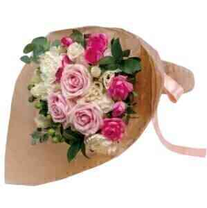 Bouquet in pink shade..