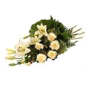 Funeral bouquet in white..