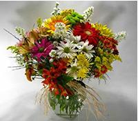 Vaso de vidro com flores ..